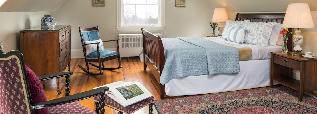 Comfy Guest Room with Queen Bed