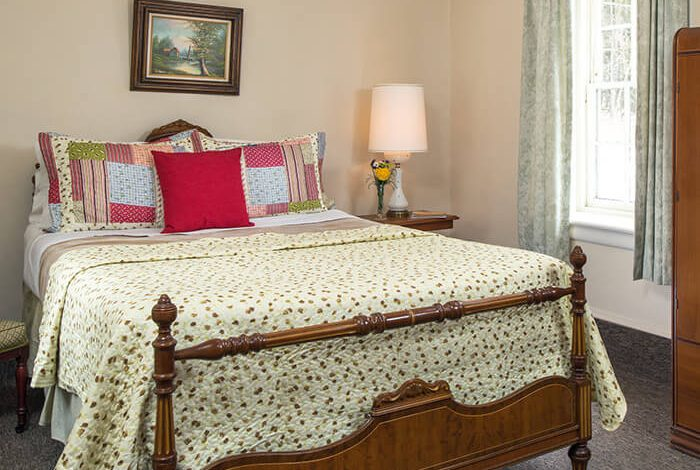 Best Places to Stay in the Finger Lakes - Room 2 bed