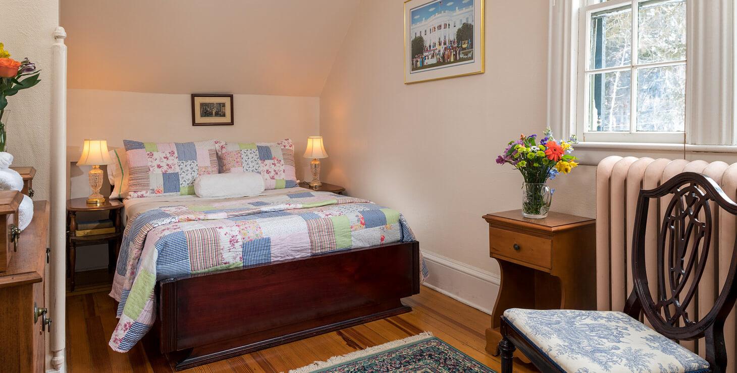 Lodging in Watkins Glen, NY - Room 3 bed