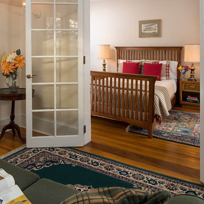 Bed and Breakfast near Seneca Lake, NY - Room 5 bed