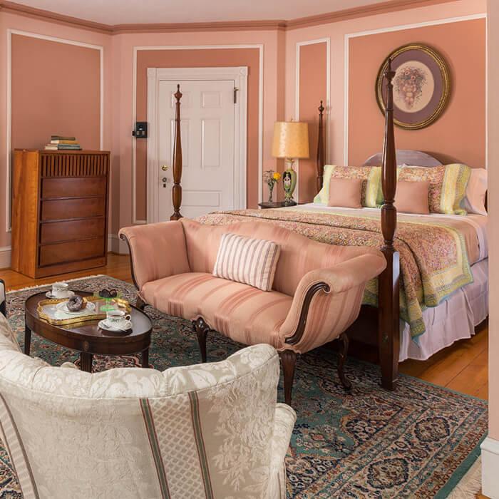 Watkins Glen, NY B&B - Room 8 bed