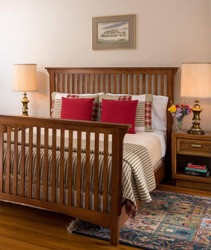 Watkins Glen Bed and Breakfast - Room 5 bed