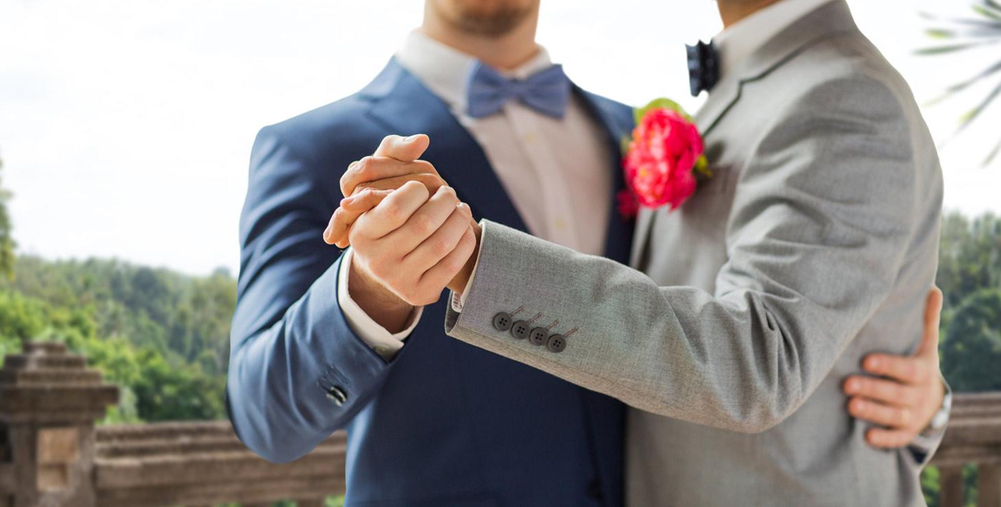 Finger Lakes Wedding Venue - Grooms Dancing